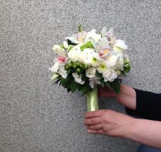 Купить свадебный букет с цимбидиумом с доставкой в Могилеве