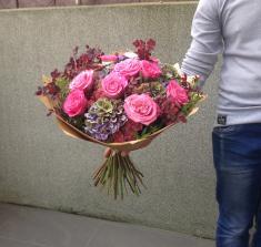 Купить букет из садовой розы и гортензии с доставкой в Могилеве